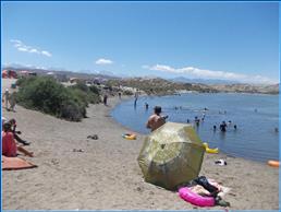 Соленое озеро на Иссык-Куле, на берегу